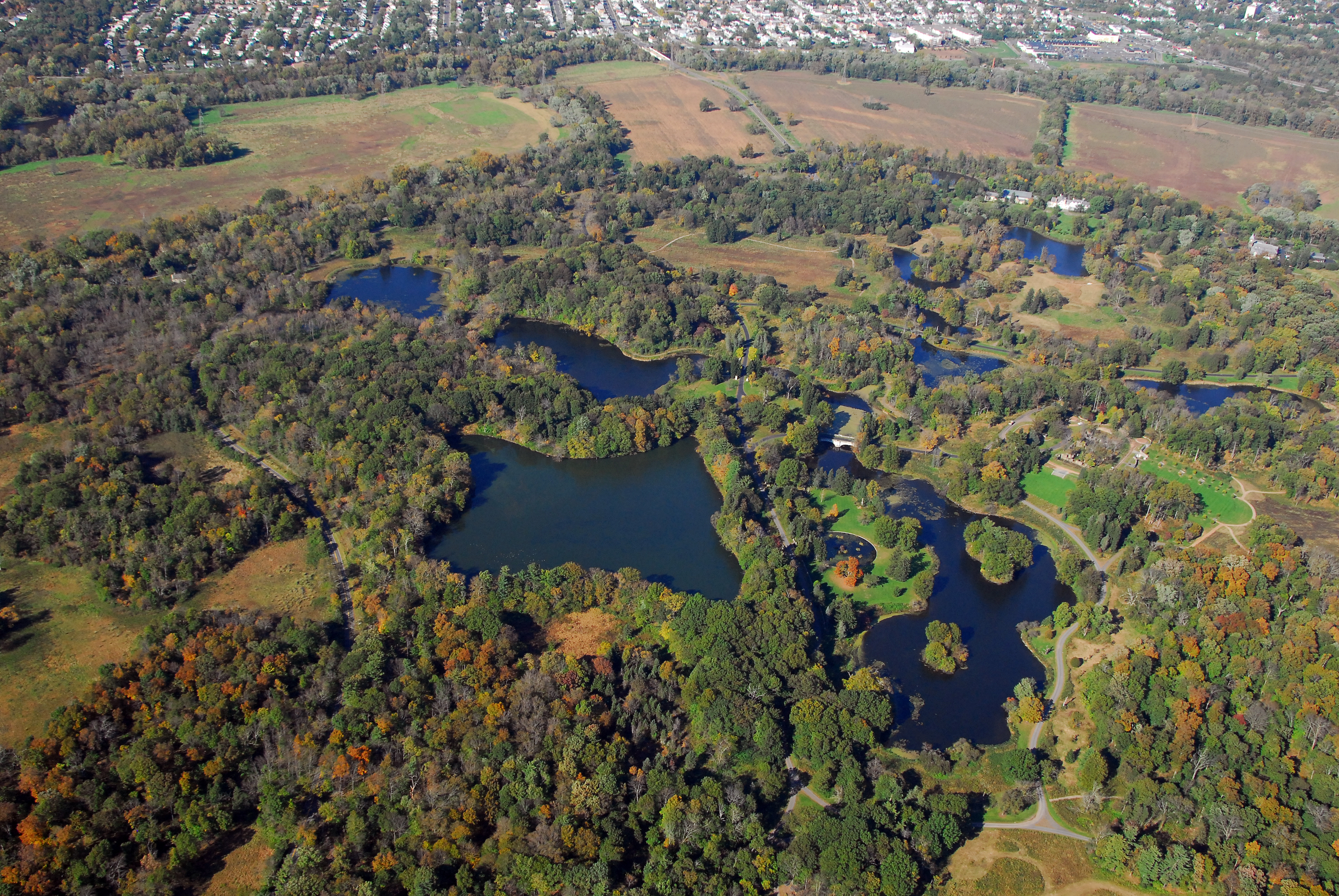 Duke farms from green to clean closed loop lake system for Closed loop gardening
